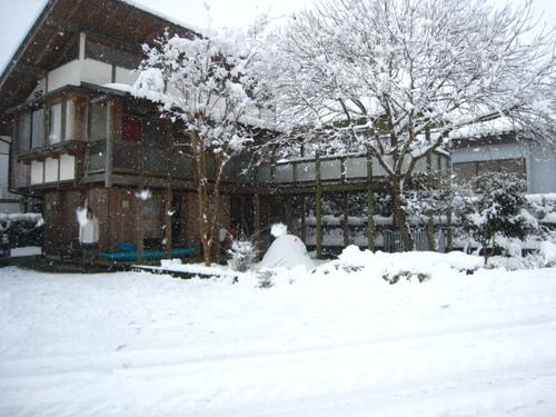 2011215_005_2